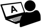 Person der sidder foran en computerskærm
